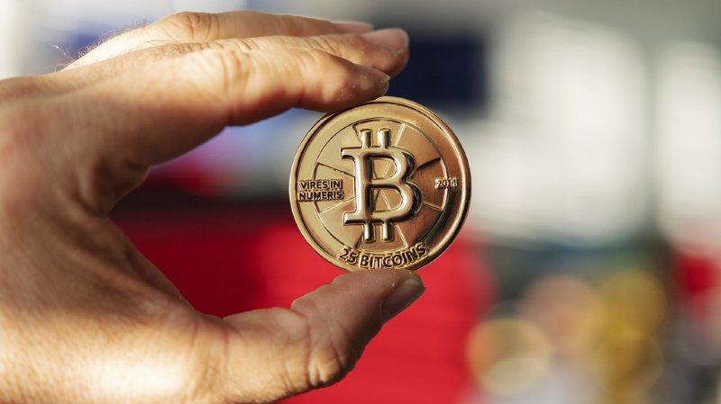 Cryptomonnaies: le bitcoin repasse sur la barre des 10'000 dollars