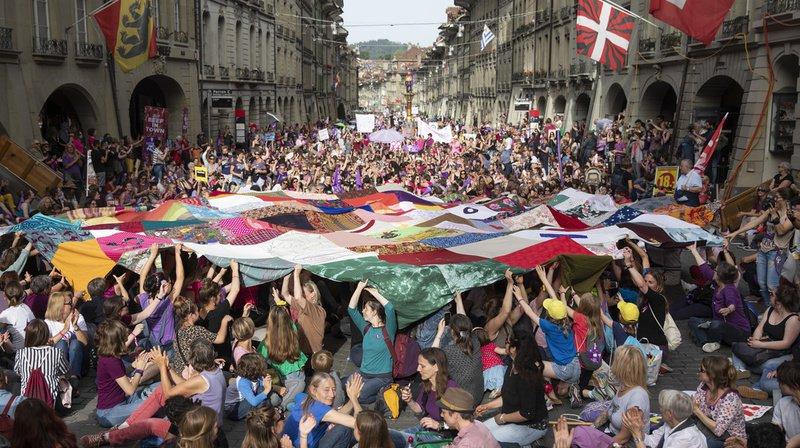 Rien qu'à Berne, près de 40'000 femmes ont pris part à la grève des femmes.