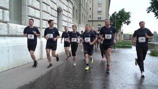Parlementaires à Berne: 20 minutes de course autour du Palais fédéral