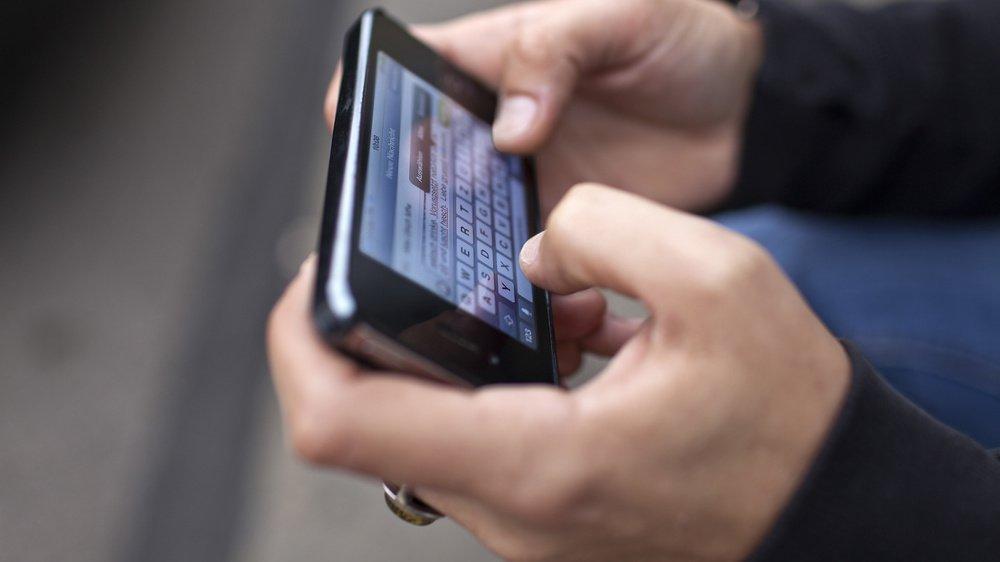La harceleuse a adressé à son ex-mari des messages injurieux par centaines, de jour comme de nuit. (Illustration)