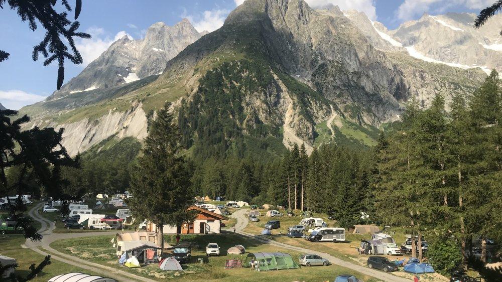Les jours de grosse affluence, le camping peut accueillir jusqu'à 1000 personnes.