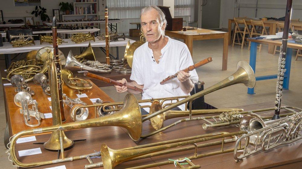 Michel Pfefferlé dévoile au grand public sa riche collection d'instruments de musique à vent historiques.