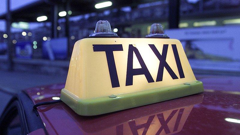 Sion: Uber se lance en draguant les taxis