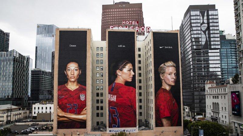 Les Etats-Unis s'apprêtent à célébrer leurs championnes comme ici à Los Angeles.