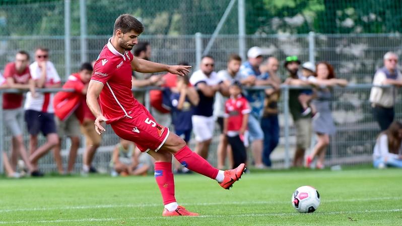 Sans victoire depuis huit matchs en championnat, le FC Sion ne sait plus défendre
