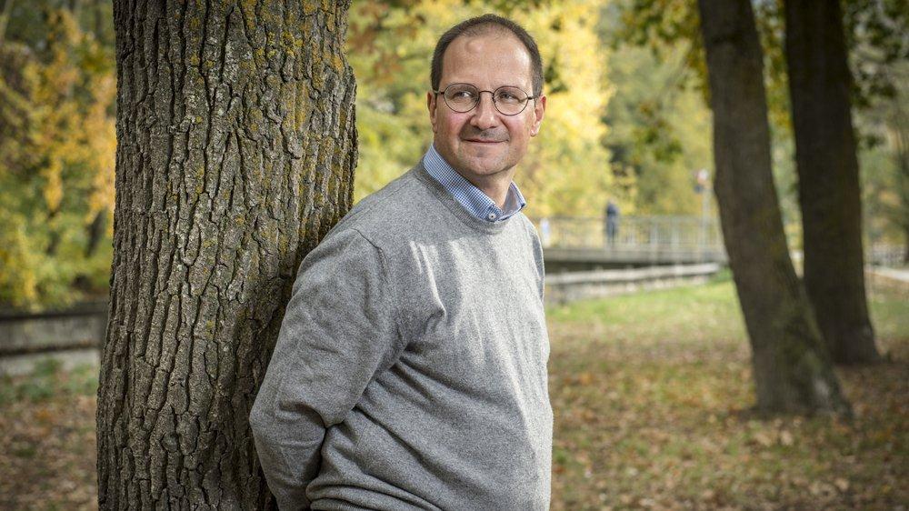 Emmanuel Reynard est directeur du Centre interdisciplinaire de recherche sur la montagne de l'Université de Lausanne.