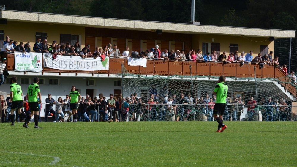 Les supporters bédjuis attendaient avec impatience le retour de leur première équipe en 5e ligue.