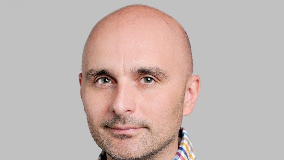 En transposant ce modèle en Suisse, le politologue Nenad Stojanovic souhaite «rendre la démocratie directe helvétique encore plus démocratique».