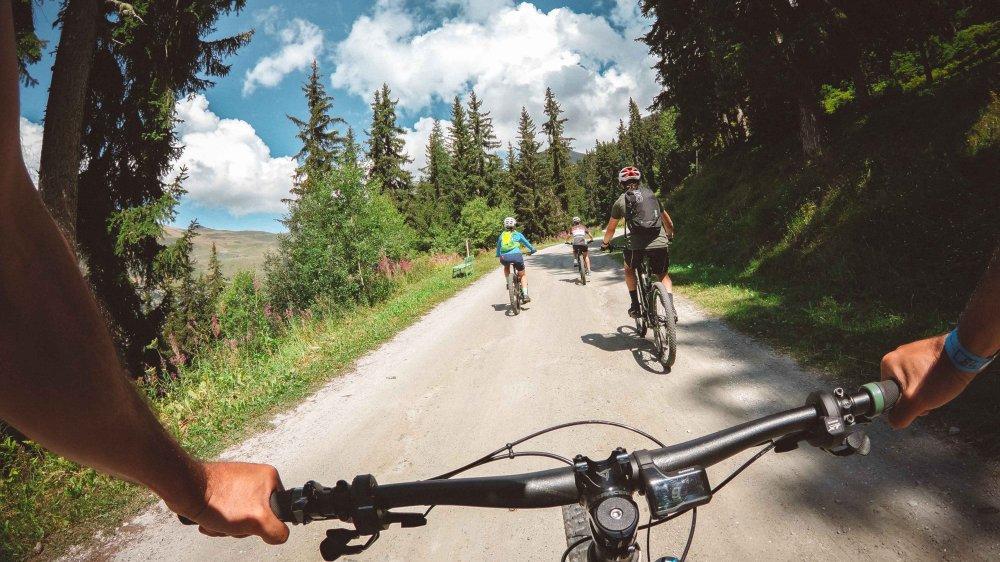 Nicolas Hale-Wood mise sur l'e-bike pour rendre le tourisme estival plus attractif en montagne.
