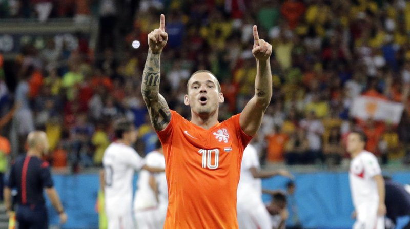 Wesley Sneijder a laissé entendre qu'il avait terminé sa carrière professionnelle.
