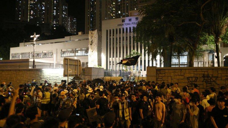 Hong Kong: nouveaux tirs de lacrymogène sur les manifestants
