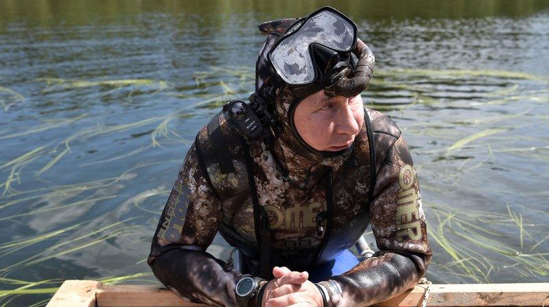 Le président russe Vladimir Poutine est au pouvoir depuis 20 ans: retour sur 8 clichés insolites