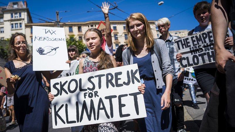 """Climat: le sommet """"Smile for Future"""" se termine par une manifestation dans les rues de Lausanne"""