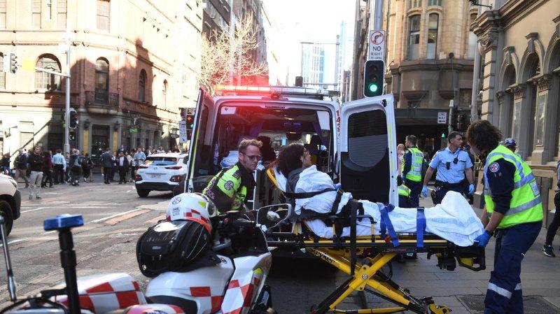 Australie: un homme poignarde une femme en pleine rue du centre de Sydney
