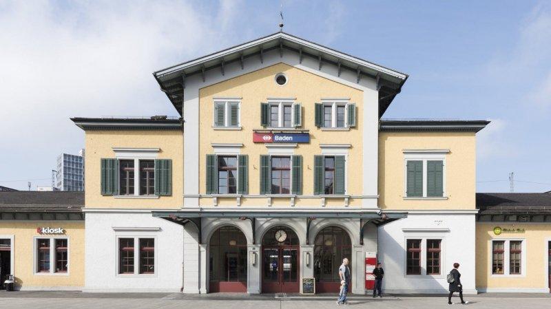 C'est à la gare de Baden, dans le canton d'Argovie, qu'un contrôleur CFF a perdu la vie.