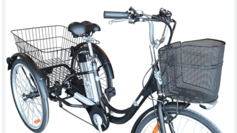 Le vélo du jeune garçon avait été spécialement conçu pour répondre à ses besoins particuliers.