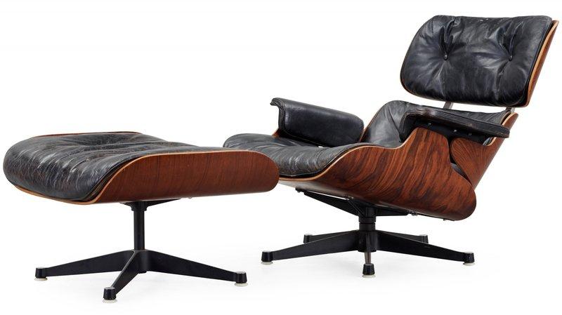 Le célèbre fauteuil Lounge Chair et son repose-pied, dont des copies étaient vendues en Valais.