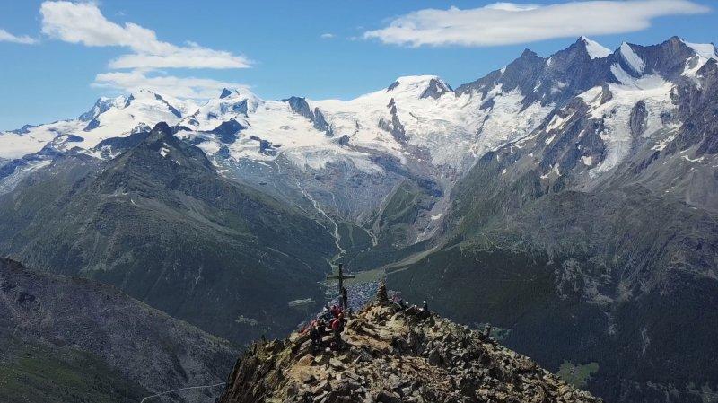 «Le Valais depuis les airs»: vol au-dessus de Saas Grund, Saas Almagell et Mattmark
