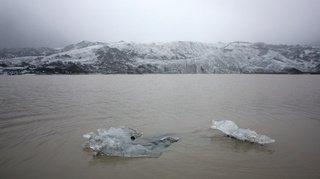 Islande: l'île honore l'Okjökull, son premier glacier englouti par le réchauffement climatique