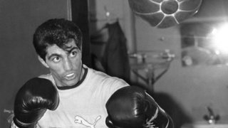 """Boxe: Enrico Scacchia, le """"Rocky"""" suisse, est mort à l'âge de 56 ans"""