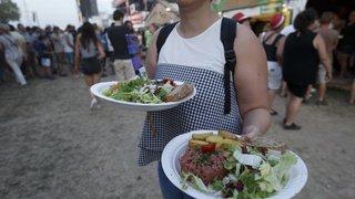 Paléo: la nourriture invendue est bradée en fin de soirée pour ne pas finir à la poubelle