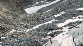 Une alpiniste décède en chutant dans une crevasse