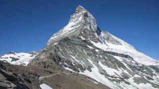 Alpinisme: le risque de chutes de pierres amplifié par la chaleur en montagne va-t-il redessiner les itinéraires?