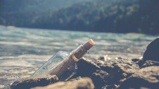Australie: une bouteille a la mer retrouvée un demi-siècle plus tard par un enfant