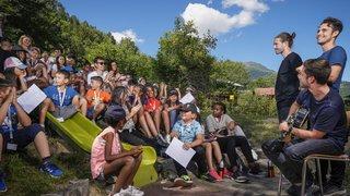 Fiesch: une semaine de vacances pour les enfants réfugiés