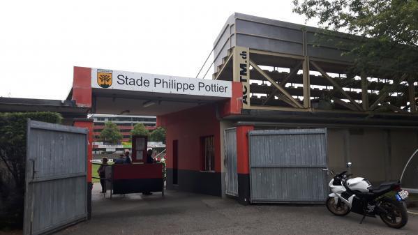 Les faits se sont déroulés sur un terrain annexe du Stade Philippe Pottier à Monthey.