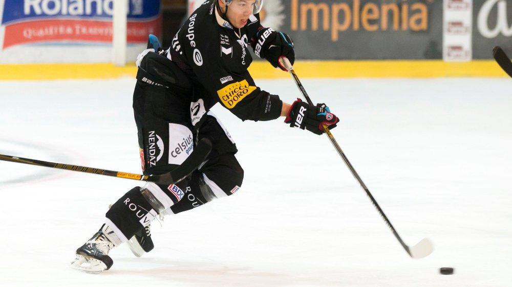 Jérémie Kamerzin a retrouvé Fribourg-Gottéron après trois saisons passées à Berne. Il n'a plus griffé la glace de Martigny depuis 2013.