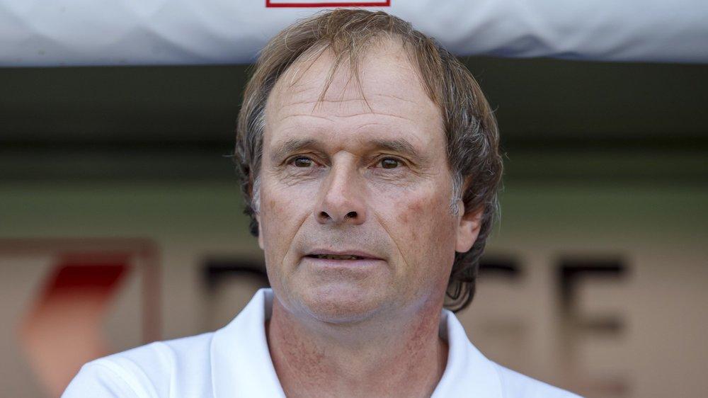 Alain Geiger se retrouve aujourd'hui à la tête du FC Servette dont il avait porté le maillot de 1981 à 1987.