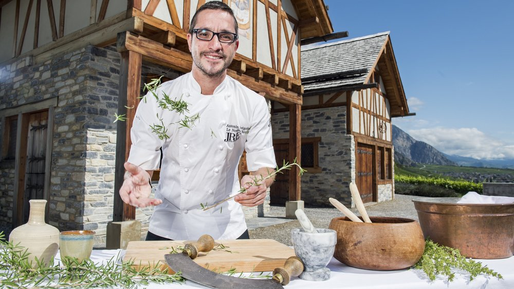 Le chef du Nouvo Bourg Grégoire Antonin a élaboré un menu gastronomique pour les Fêtes médiévales de Saillon.