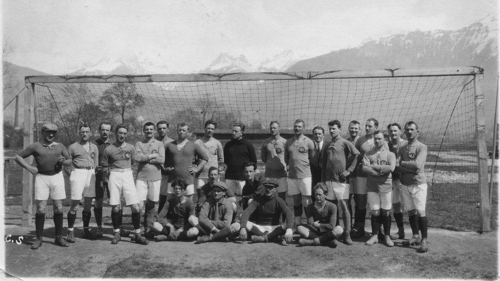 Les Montheysans ont été les premiers Valaisans à fouler les pelouses de ligue nationale A.