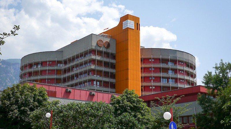 Le service d'urologie de l'Hôpital du Valais est en proie à des turbulences cet été. La faute au départ non compensé d'un médecin.