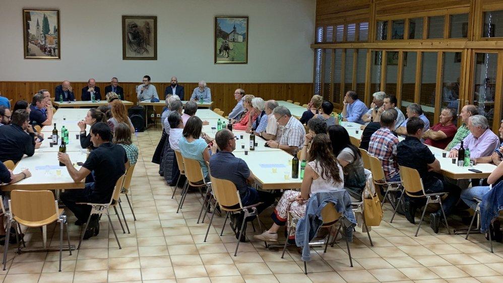 Jeudi 29 août dernier, une cinquantaine d'intéressés se sont rassemblés à Saint-Martin pour discuter fusion.