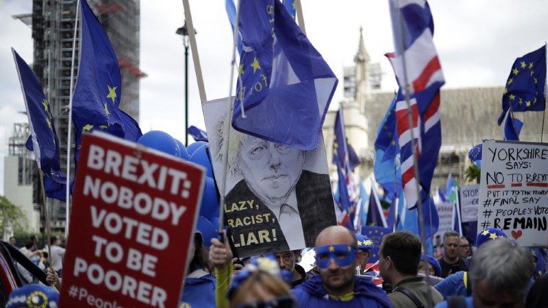 Brexit: une sortie sans accord ferait perdre aux Britanniques des milliardsde francs d'exportations vers l'UE
