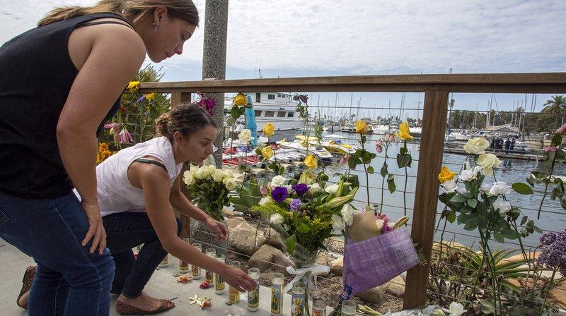 Incendie d'un bateau de tourisme en Californie: 33 morts repêchés au total