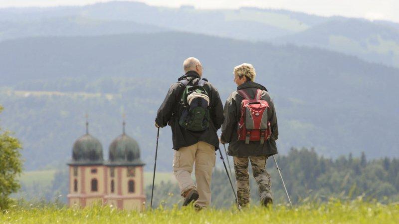 Une activité physique légère à l'instar de la marche permet de vieillir moins vite dans sa tête comme dans son corps.