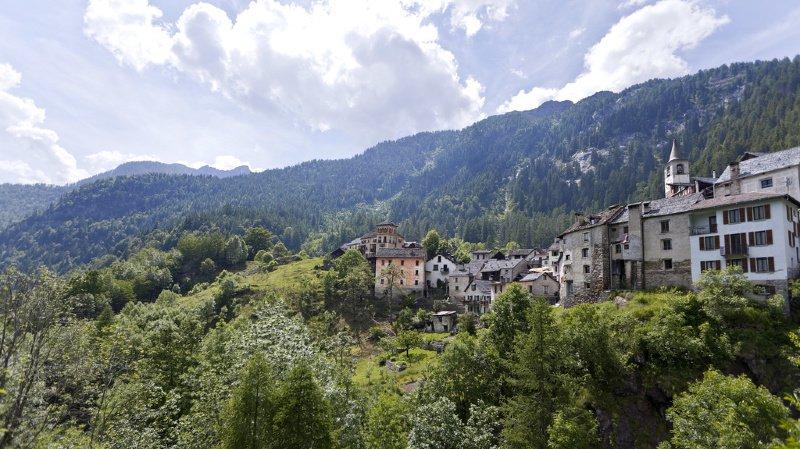 Tessin: un chasseur de 80 ans fait une chute mortelle dans le Val Maggia
