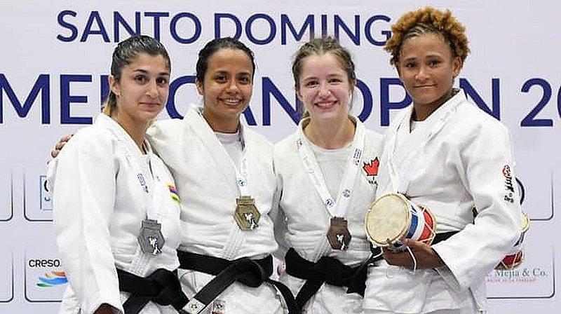 Priscilla Morand (tout à gauche) s'est hissée en finale en République dominicaine.