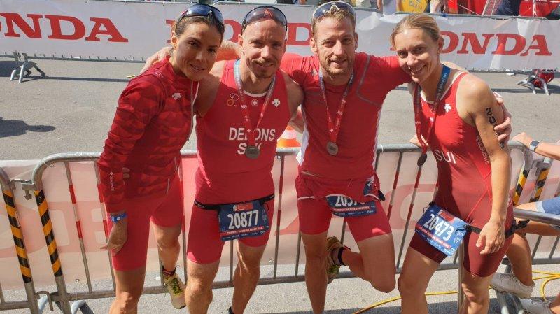 Mariana Solorzano, Nicolas Debons, Vincent Rochat et Valérie Dirren, quatre des huit membres du Triathlon Club Valais à l'arrivée.
