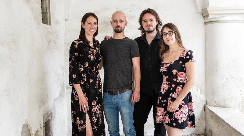 Les fondateurs du Double Monde, soit Tess Payot, Basile Seppey, Jordi Gabioud et Eva Ciocca, ont concocté une saison culturelle tout en fraîcheur.