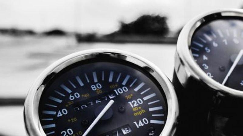 Délit de chauffard: motards pincés à des vitesses excessives en Valais