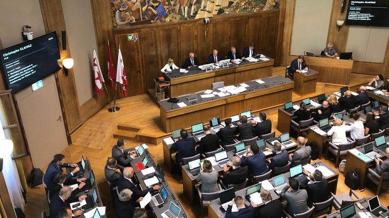 Le Grand Conseil a mis un terme à ses discussions sur deux thèmes qui l'occupent depuis plusieurs sessions.