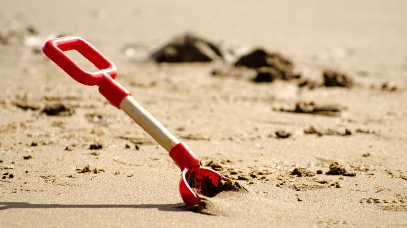 Italie: pour lutter contre les voleurs de sable, une plage de Sardaigne engage des «gardiens»