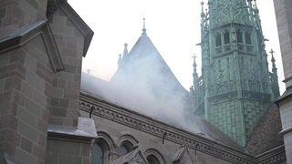 Les pompiers genevois s'entraînent à éteindre leur cathédrale