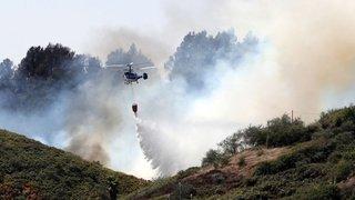 Espagne: un millier de pompiers luttent contre un incendie qualifié de «drame environnemental»