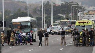 Prise d'otages dans un bus au Brésil: le ravisseur abattu par la police