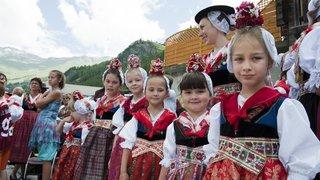 Journées européennes du patrimoine: le costume d'Evolène, une tradition teintée de conviction